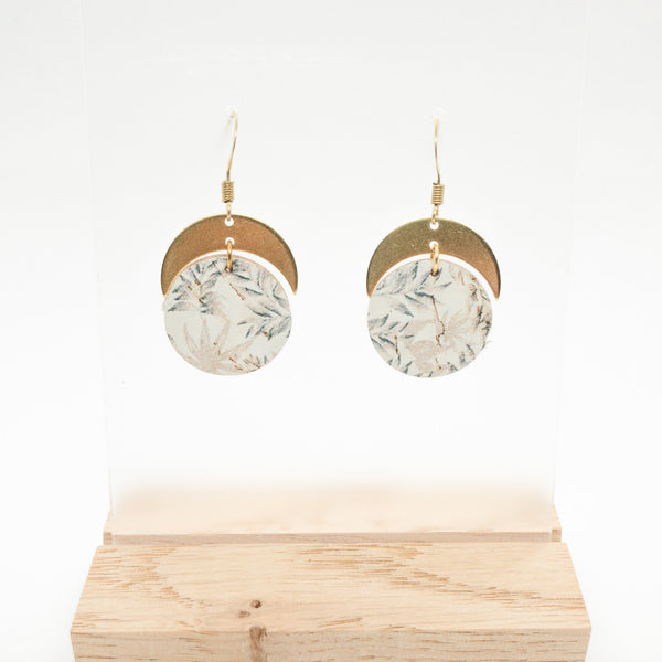 CORK & BRASS CIRCLES | FALLING LEAVES