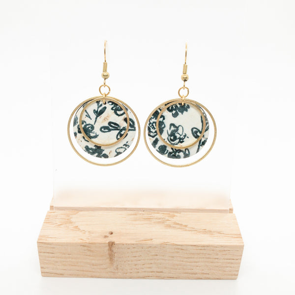 SMALL CIRCLE CORK EARRINGS | BLACK FLORAL