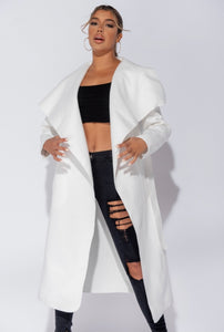 'Laylah' White Maxi Waterfall Coat