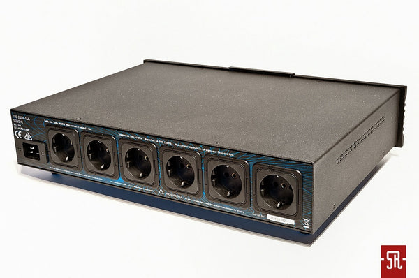 ISOTEK EVO3 AQUARIUS 6 OUTLET High Current Power Conditioner/Filter (2) | Douglas HIFi