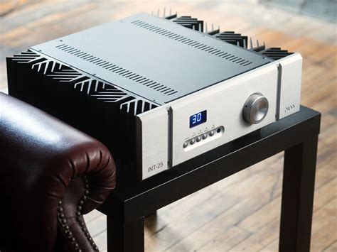 PASS Labs INT25 Class A Integrated Amplifier (lifestyle) | Douglas HiFi Perth
