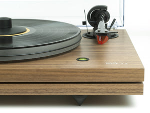 Music Hall mmf-7.3se walnut turntable detail - Douglas Hifi