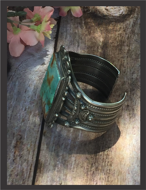Bracelet - Ella Linkin (Our favorite one from this collection!)