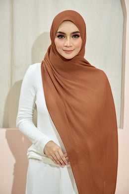 PLEATED SHAWL - BROWN