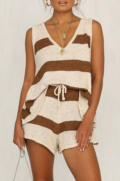 V-neck Vest & Shorts Knitted Two-piece Suit