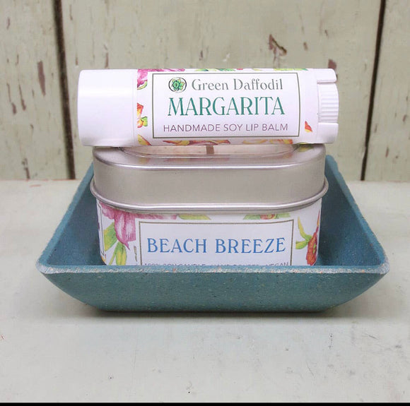 Beach Breeze Candle and Lip Balm Gift Set