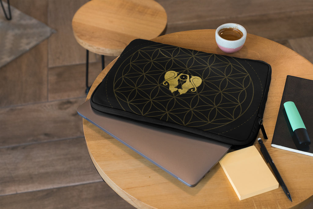 Bast Sun Life Laptop Sleeve