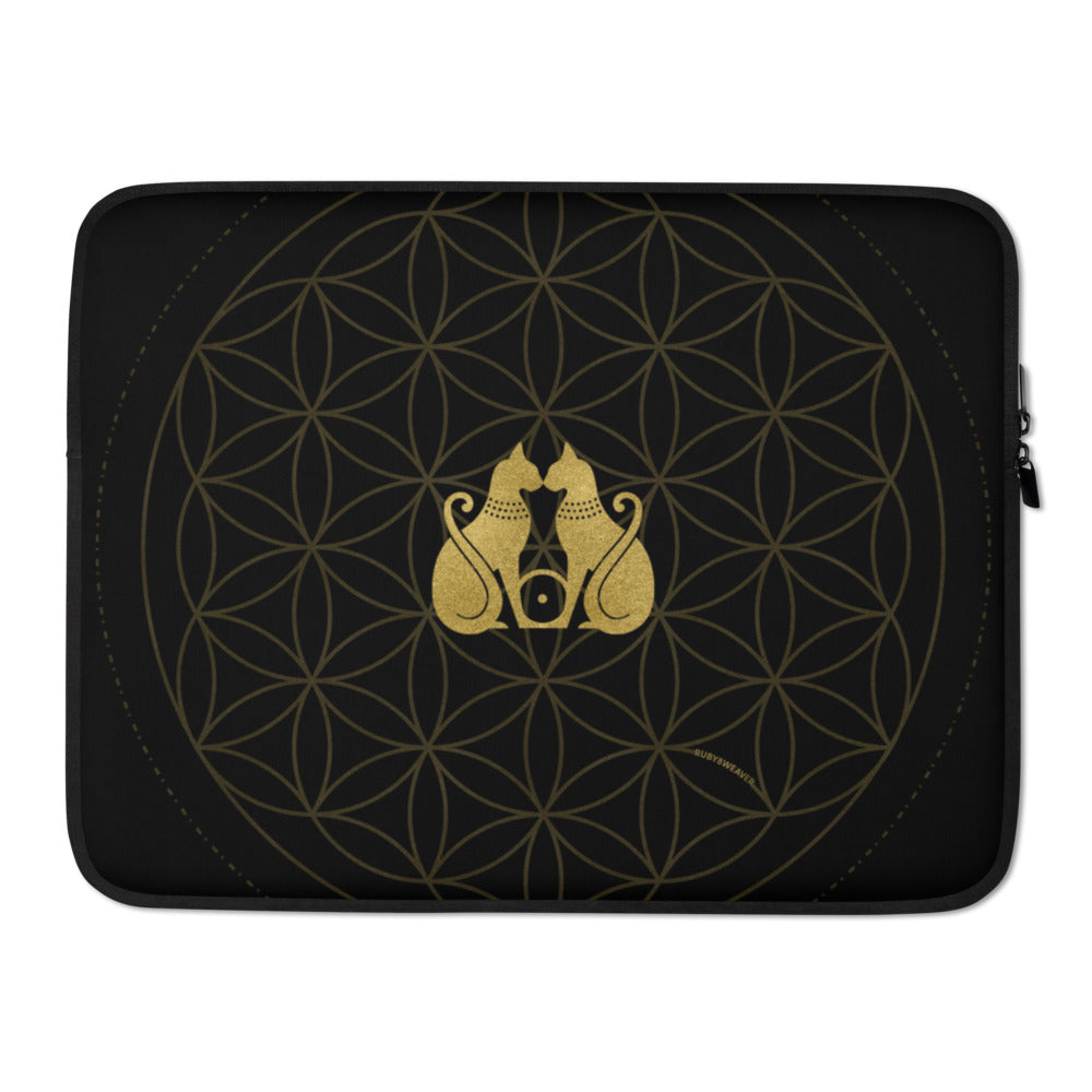 "Bast Sun Life - 15"" laptop sleeve"