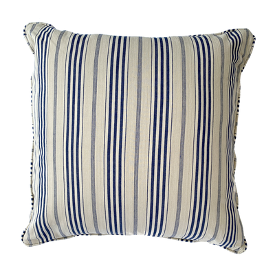 Chez Papa - Cushion - Common Thread Style