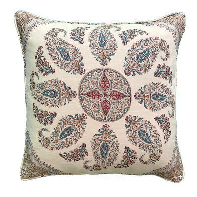 Mabillon - Cushion (Motif off center) - Common Thread Style