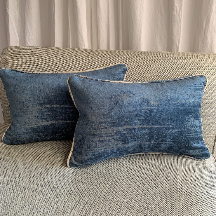 La Société - Cushion - Common Thread Style
