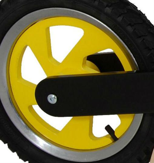 Our Scrambler and Superbike rims are available in yellow