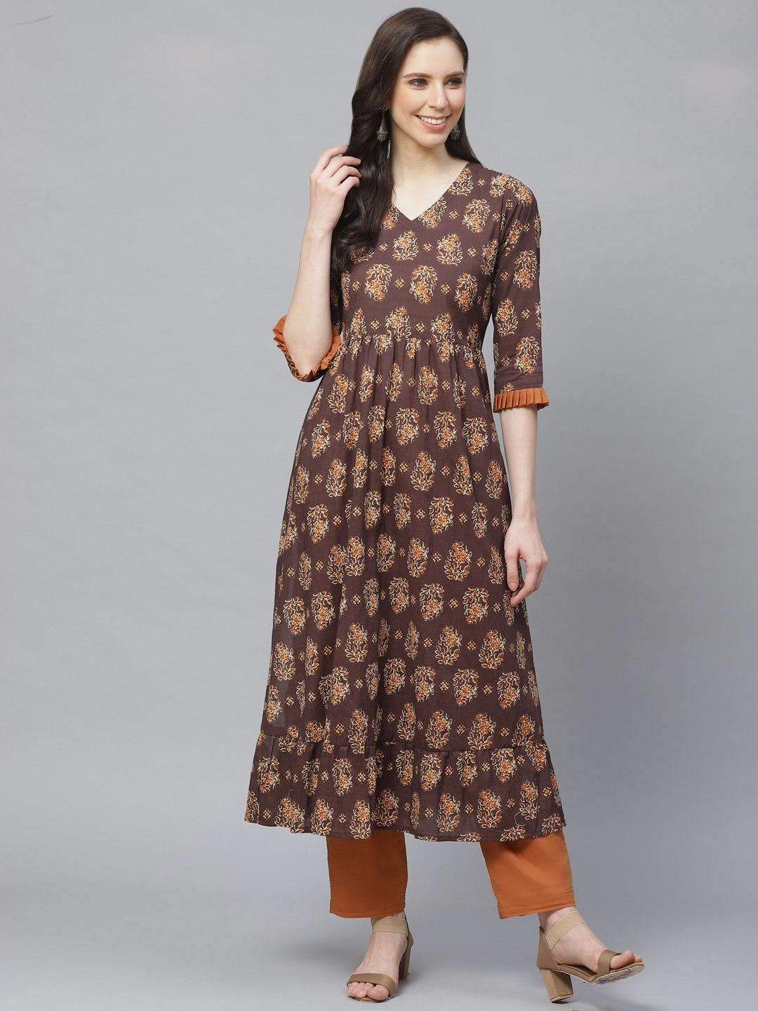 Women Brown Three-Quarter Sleeves Flared Kurta with Trouser
