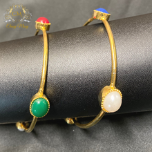 Load image into Gallery viewer, Kundan Studded Green And Maroon Traditional Bangles