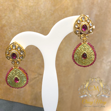 Load image into Gallery viewer, Stone studded Meenakari Pearl Earrings