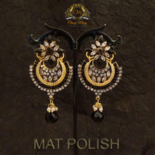 Load image into Gallery viewer, Antique earrings - Classy Missy by Gur