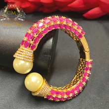 Load image into Gallery viewer, Pink CZ Stone pearl openable Kada