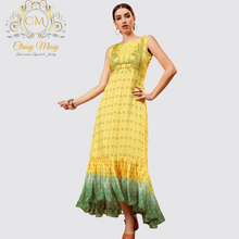 Load image into Gallery viewer, Printed Festive Kurti