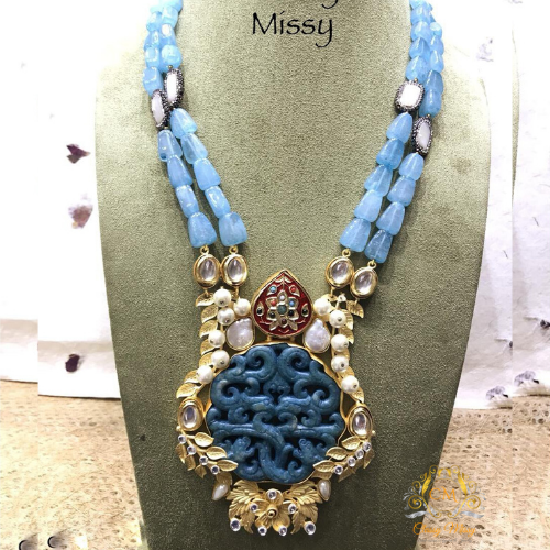 Hand crafted Necklace - Classy Missy by Gur