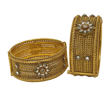 Load image into Gallery viewer, Antique Kada - Bracelet