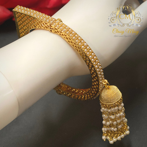 Gold beads Hanginng Kada