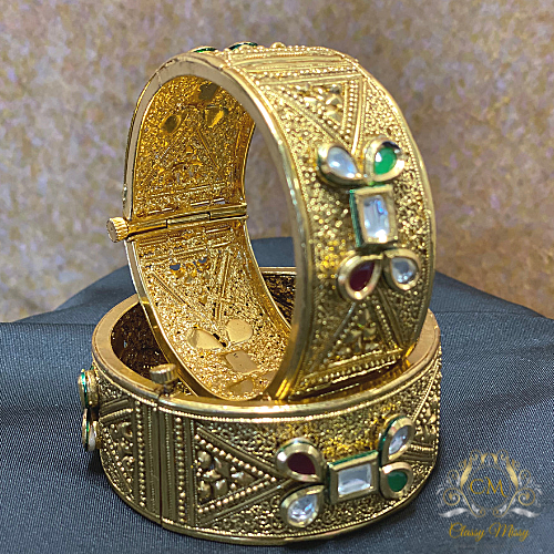 TRADITIONAL GOLD KADA BANGLES WITH PEARLS
