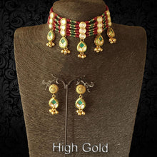 Load image into Gallery viewer, Bridal ruby green chokar antique necklace set