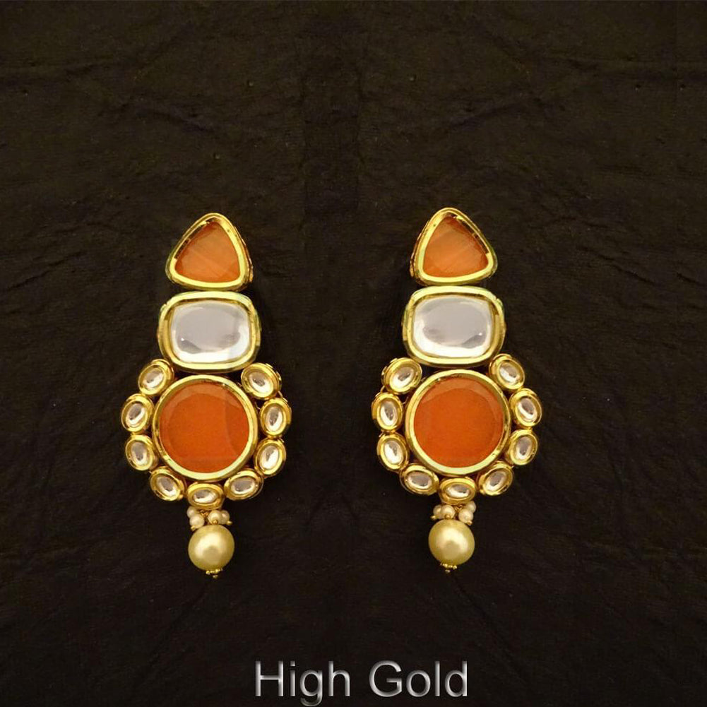 Rounded triangular base kundan earring