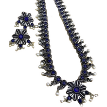 Load image into Gallery viewer, Super duo and crystal necklace set