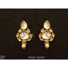 Load image into Gallery viewer, Triangular shape paan kundan earrings - Classy Missy by Gur
