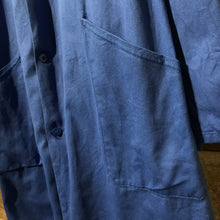 Load image into Gallery viewer, French long blue chore/warehouse coat. Very good vintage condition with SAACMA patch