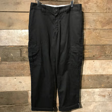 Load image into Gallery viewer, Black Dickies Regular Straight Fit Trousers with Cargo Pockets W34 L32