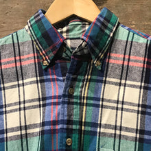 Load image into Gallery viewer, Lands'End Thick Cotton Shirt in a colourful check. Size M