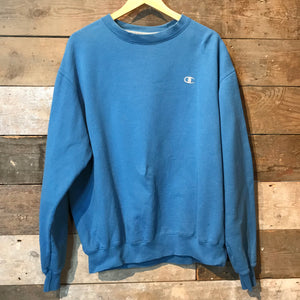 Lovely Blue Vintage Champion Sweatshirt with Champion C logo. Size L