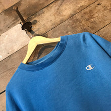 Load image into Gallery viewer, Lovely Blue Vintage Champion Sweatshirt with Champion C logo. Size L