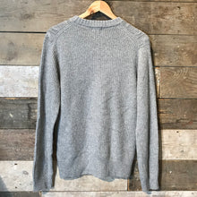 Load image into Gallery viewer, Uniqlo Grey Aran knit Wool Jumper Size L