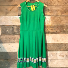 Load image into Gallery viewer, Vintage Green Tennis Style Dress. Size 10/12