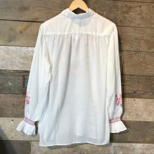 Vintage White Embroidered Collared Tunic. Size L
