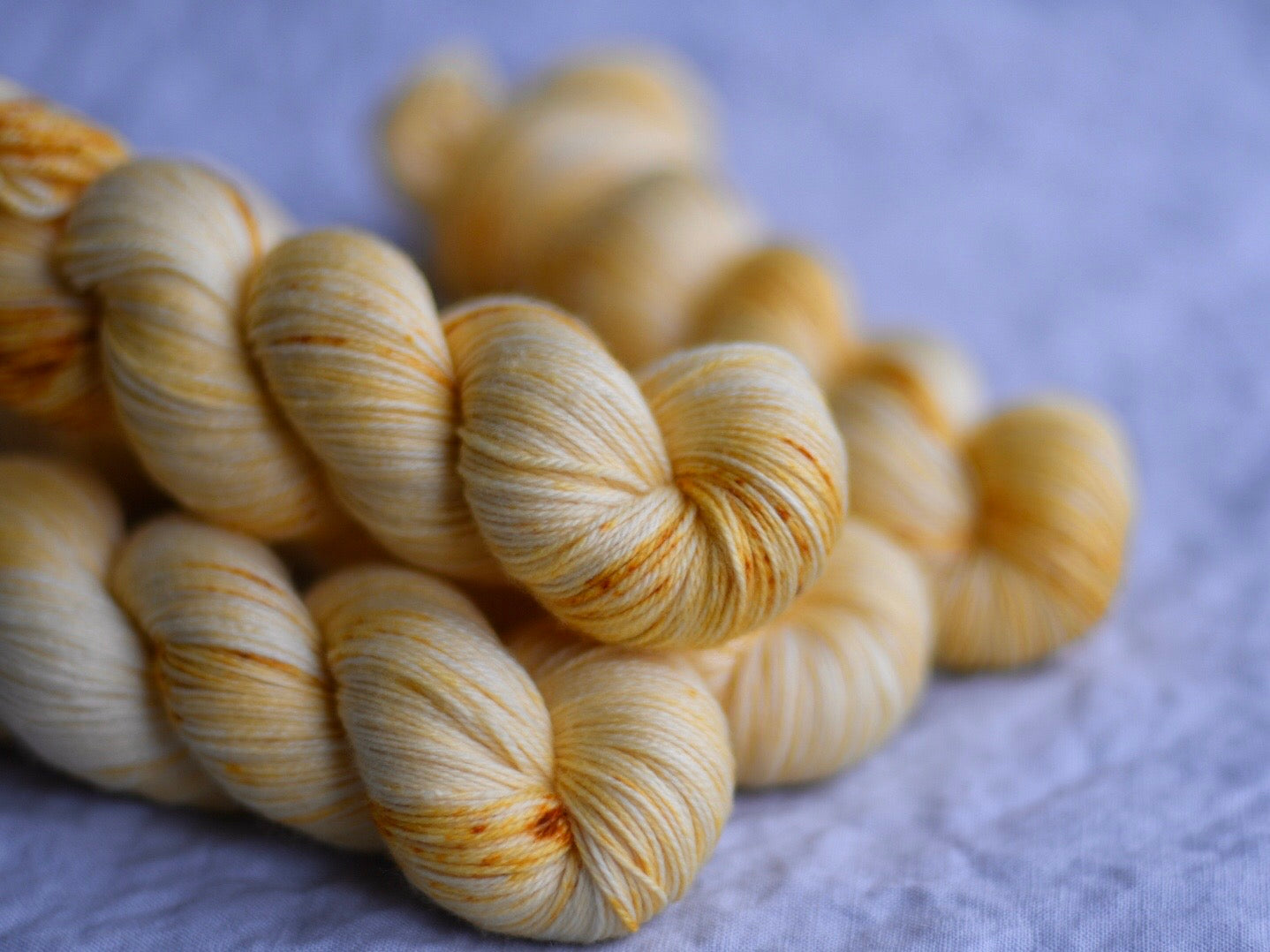 Yellow flower. Fingering 80% Merino 20% Nylon (4334317830178)
