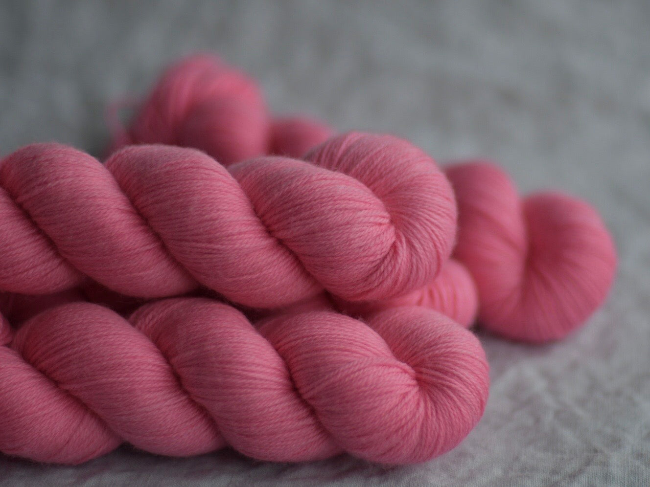 Doll. Fingering 80% Merino 20% Nylon (4334320255010)