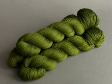 Load image into Gallery viewer, Greenstone.  Fingering 100% Merino SW (4309694742562)