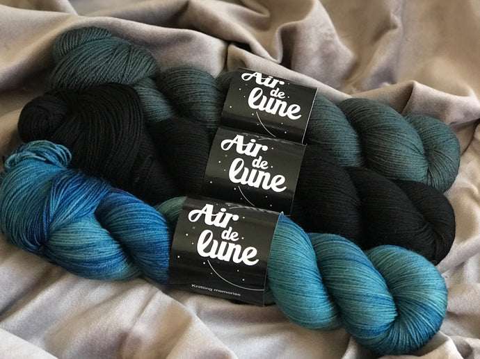Pavo, Karasugoï, Under water love. 3 skeins kit. (4326477103138)