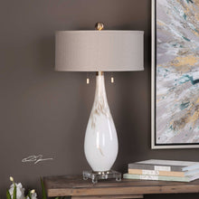 Load image into Gallery viewer, Cardoni Table Lamp