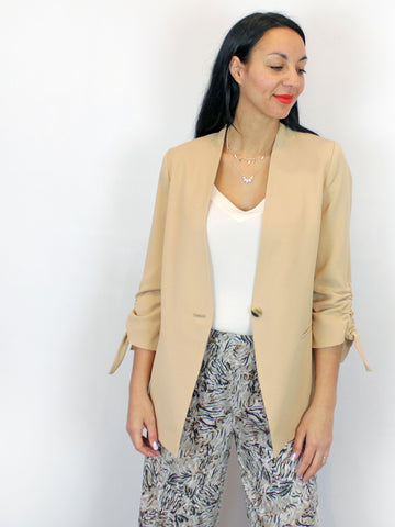 Access sleeve detail beige blazer