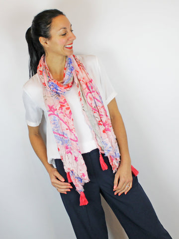 Marc Aurel Scarf