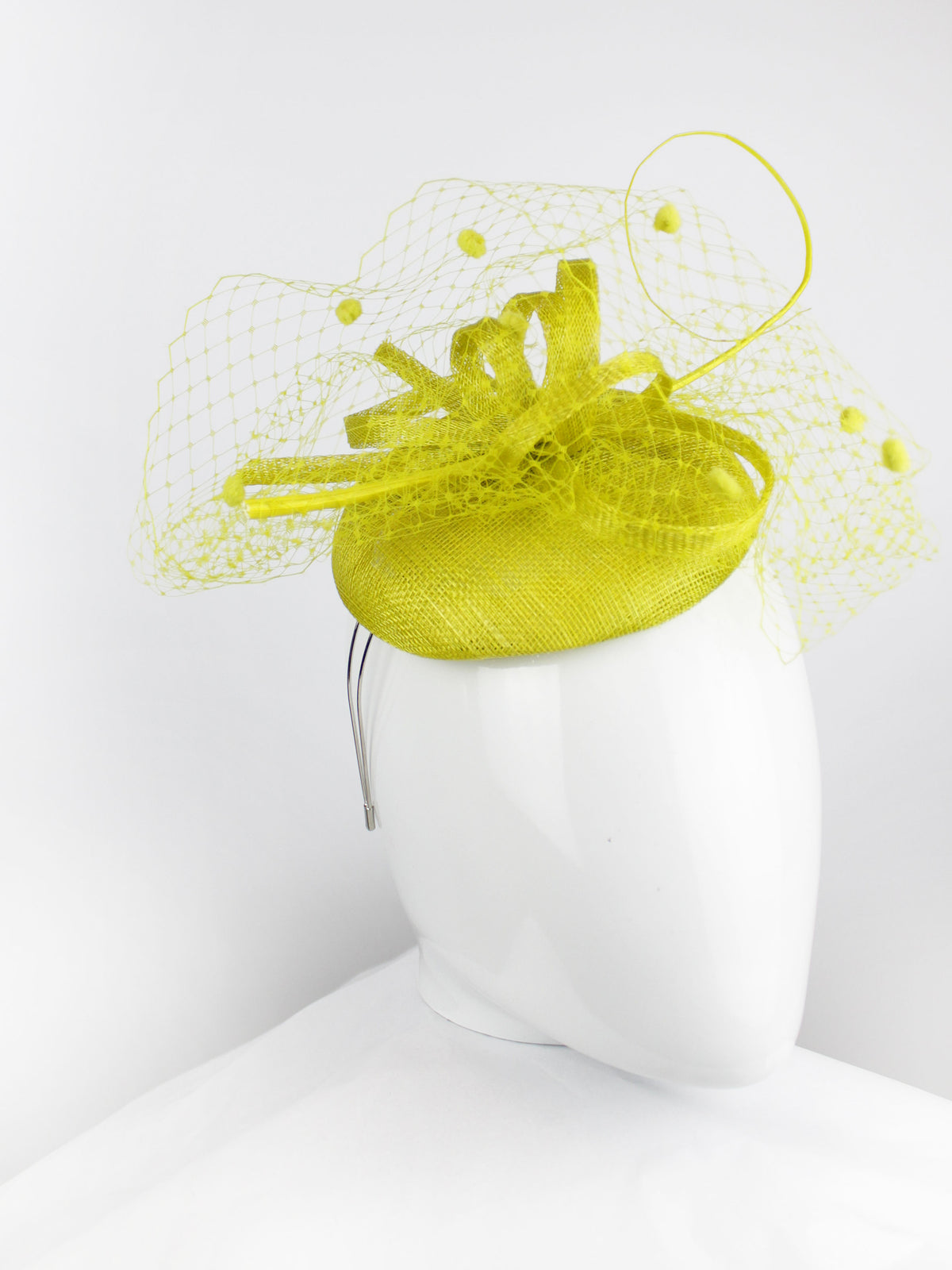 Max & Ellie Pill Box Fascinator