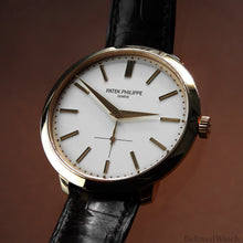 Load image into Gallery viewer, Patek Philippe Calatrava 5123R-001