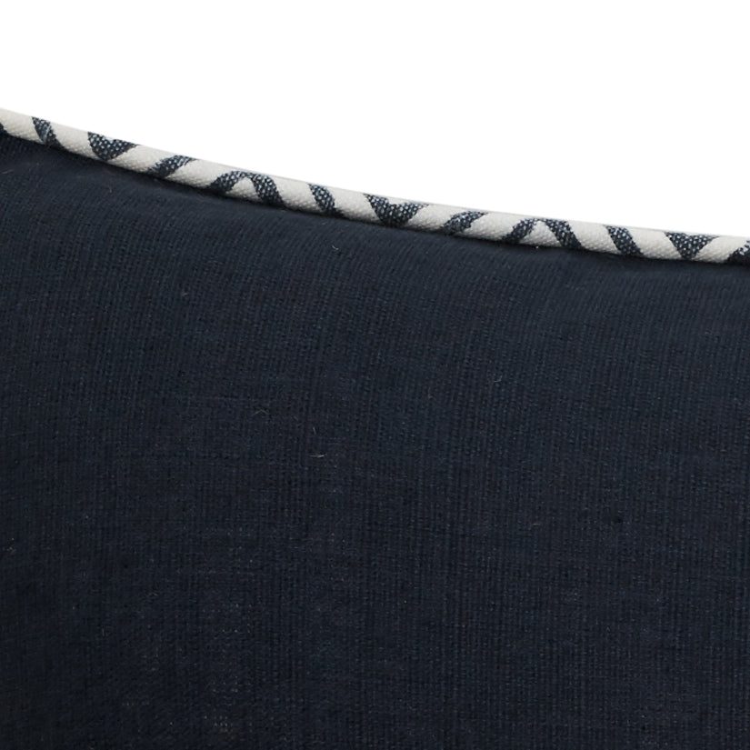 Cushion Long Island Court Navy Detail