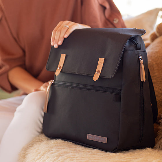 Meta Backpack – Black Matte Canvas