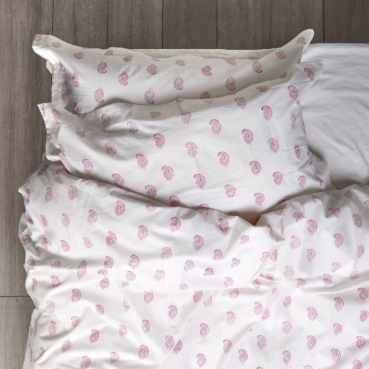 Vintage Pink Paisley Bedding
